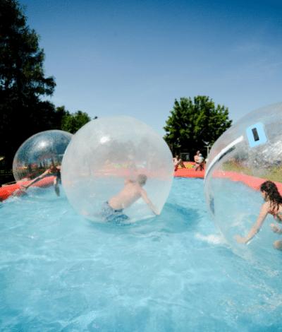 Aquazorbing bazén